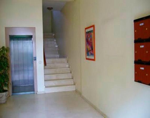 Pintar escaleras comunidad de vecinos en Madrid